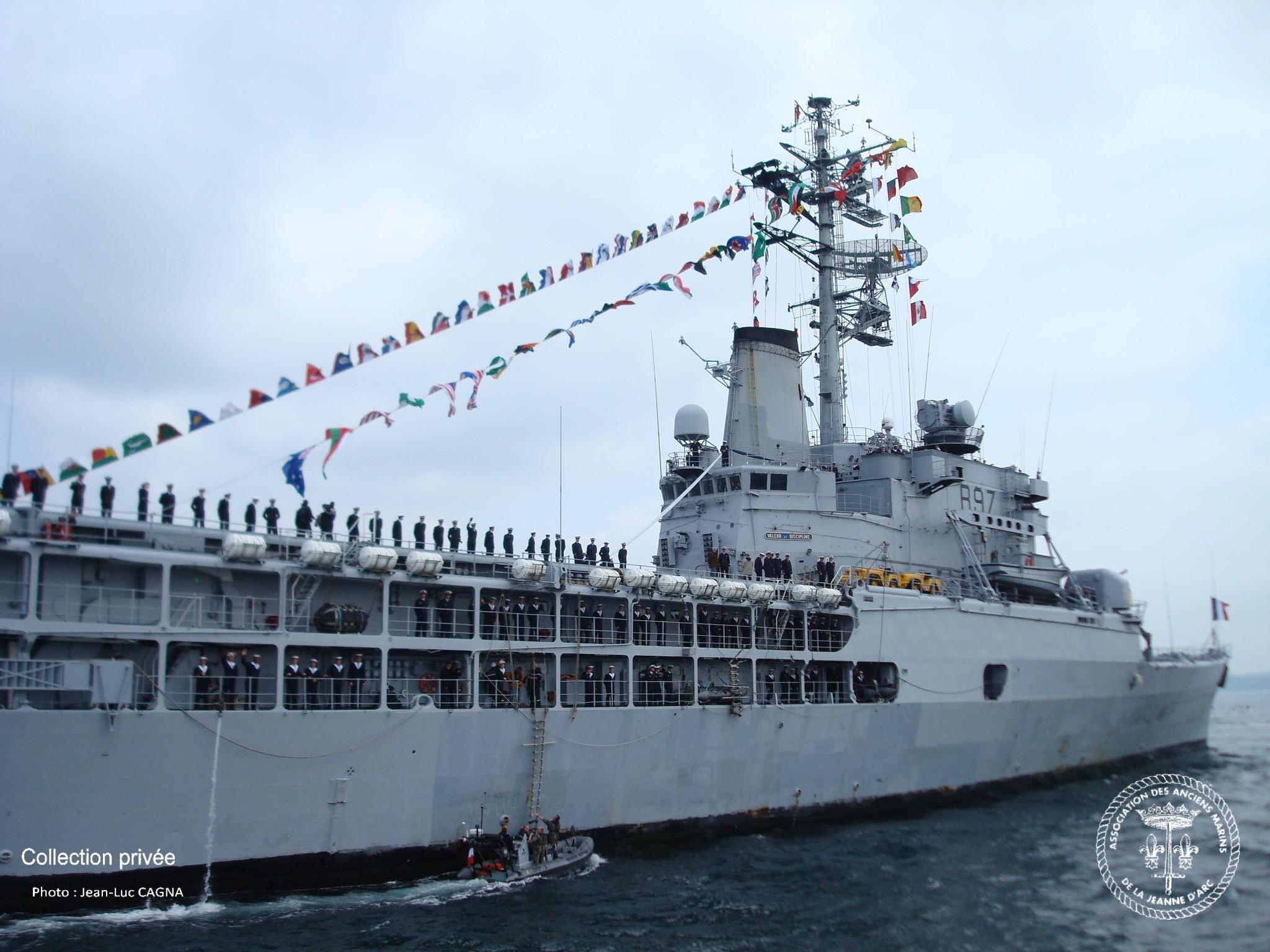 photos du dernier retour du porte h 233 licopt 232 res jeanne d arc association des anciens marins des